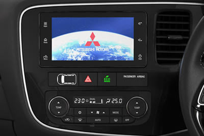 Mitsubishi Outlander - Infotainment System